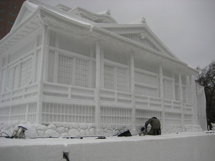 snow-festival-japan16