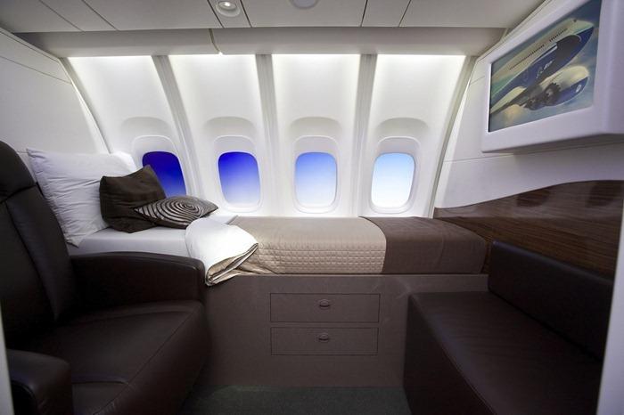 boeing-747-8-13