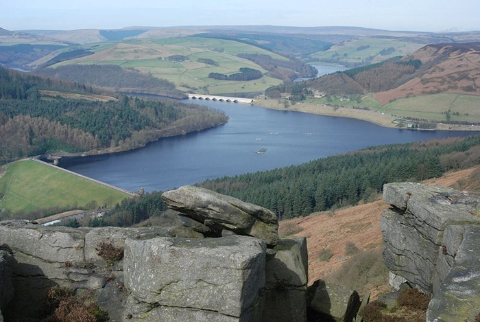 ladybower-reservoir1