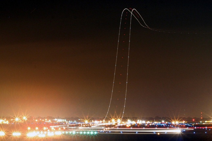 long-exposure-airplane13