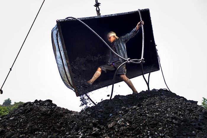 India-Child-Coal.08