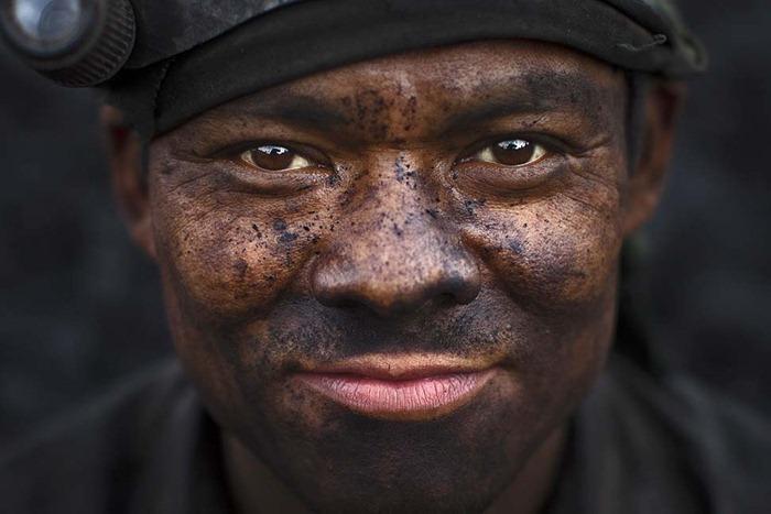 India-Child-Coal.12