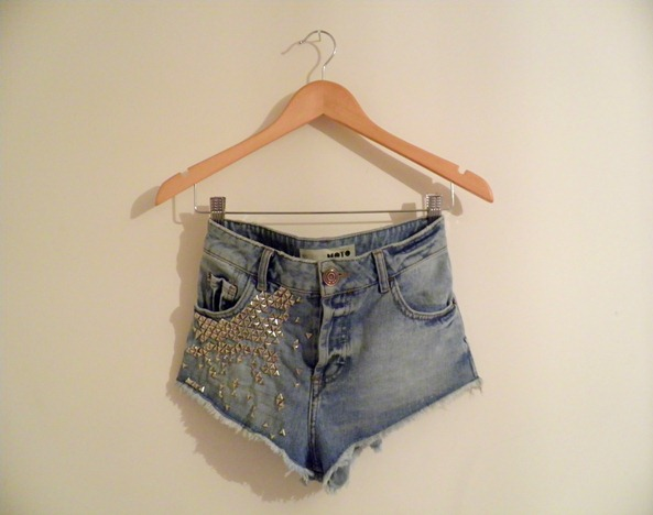 STUDDED DENIM SHORTS 1