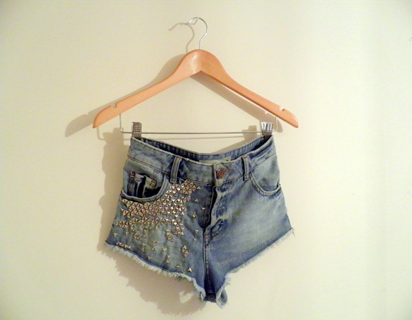 STUDDED DENIM SHORTS 6
