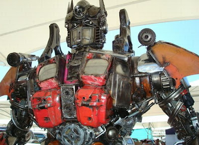 West Loh's Optimus Prime replica auctioned on eBay last month