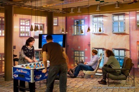 les bureaux de google 1 tour d 39 horizon. Black Bedroom Furniture Sets. Home Design Ideas