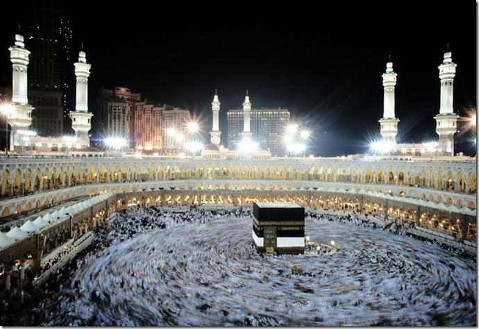 TOPSHOTS-SAUDI-ISLAM-HAJJ-KAABA