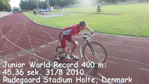Record du 400m départ arrêté. 45821_1579243004809_1347663662_1556932_3988505_n