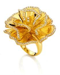 Natan - Anel cravo em ouro