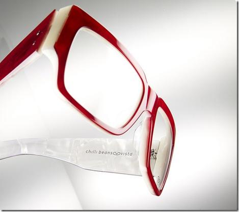 b5ce2fe36 A Chilli Beans, conhecida pelos óculos escuros, apresentou no mês passado a  sua linha de armações para óculos de grau. Os modelos são super estilosos,  ...