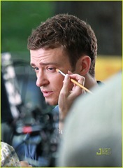 justin-timberlake-mila-kunis-filming-benefits-04