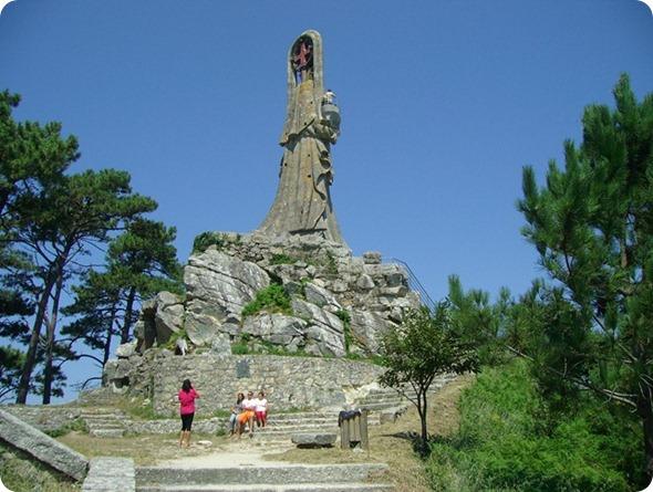 Virgen de la Roca vista de trás