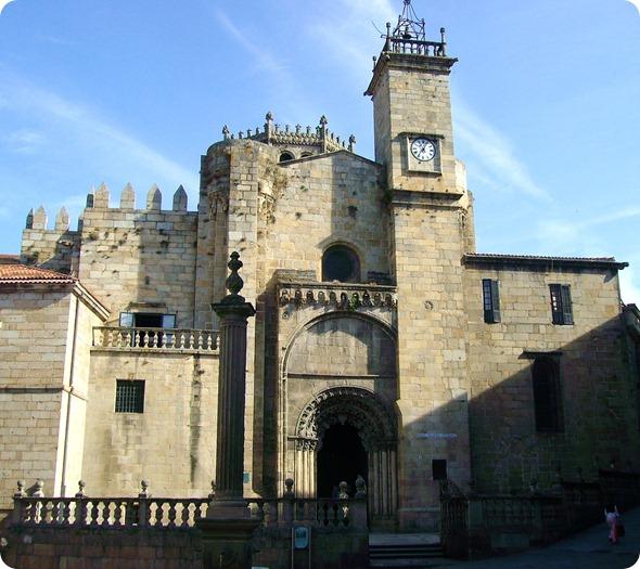 Exterior da Catedral de Ourense