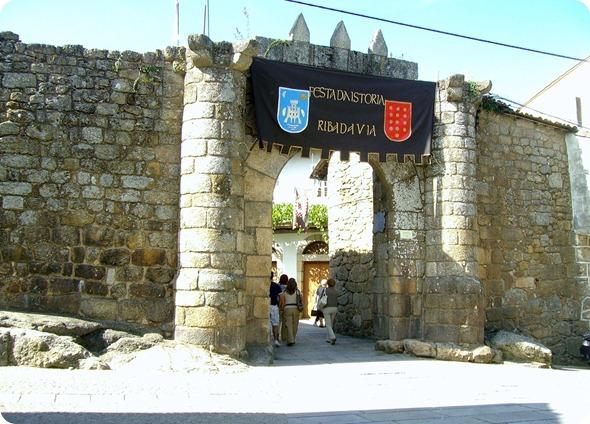 Entrada da Muralha de Ribadavia