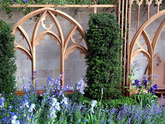 english-garden-blue-flowers