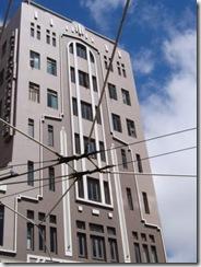 building09
