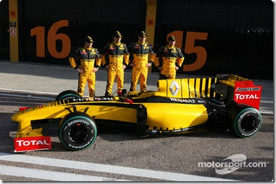 31.01.2010 Valencia, Spain Jerome D'Ambrosio (BEL), Test Driver, Renault F1 Team, Robert Kubica (POL), Renault F1 Team, Vitaly Petrov (RUS), Test Driver, Renault F1 Team and Ho-Pin Tung (CHN), Test Driver, Renault F1 Team  - Renault F1 Team Launch - www.xpb.cc, EMail: info@xpb.cc - copy of publication required for printed pictures. Every used picture is fee-liable © Copyright: Charniaux / xpb.cc