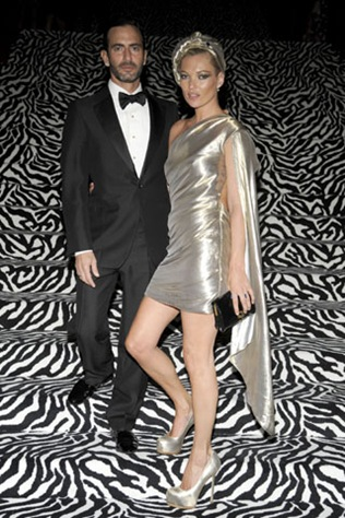 """Marc Jacobs, Kate Moss==THE COSTUME INSTITUTE GALA: """"The Model As Muse"""" with Honorary Chair MARC JACOBS - INSIDE==The Metropolitan Museum of Art, NYC==May 4, 2009==© Patrick McMullan==Photo - BILLY FARRELL/PatrickMcMullan.com===="""