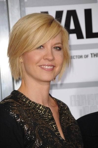 Jenna Elfman Short Hairstyles for women 2010 picture