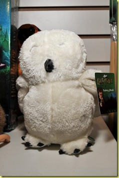 harrypotter-hedwig-plush-neca-toy-fair-2011_786_poster