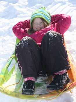 Sledding in MN Dec 2010 (32)