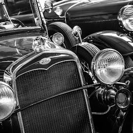Ford by Arti Fakts - Transportation Automobiles ( car, old, blink, bright, cars, chrome, dark, oldie, museum, ford, artifakts, black )