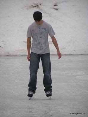 Nick_skating