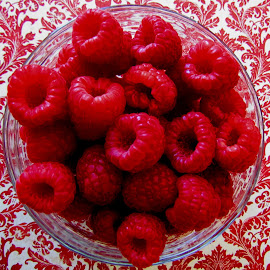 Fresh Red Raspberries by Linda Turney - Food & Drink Fruits & Vegetables ( bowl, fruit, red, white, table )
