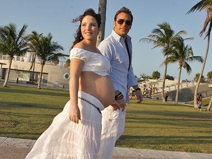 Ismael y Virna Flores embarazada 7