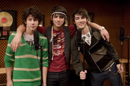 Jonas-Brothers-hm01
