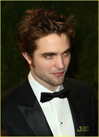 robert-pattinson-oscar-party-07