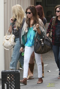ashley-tisdale-samantha-droke-patys-14
