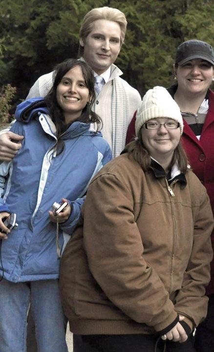 Peter Facinelli, Kristen Stewart, Nikki Reed