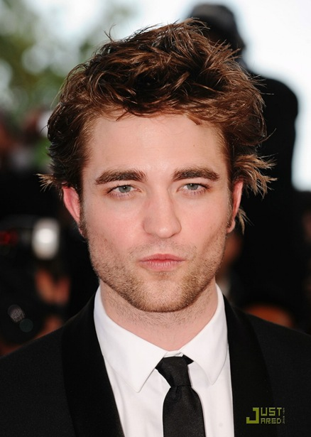 robert-pattinson-inglorious-basterds-premiere-05