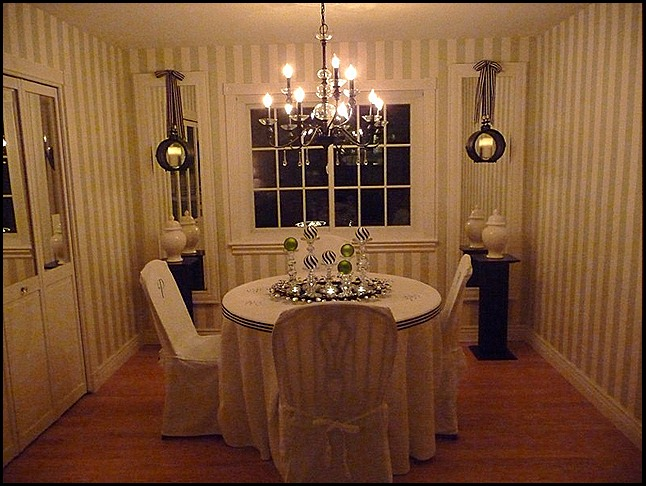 christmas dining room 2010 013 (800x600)