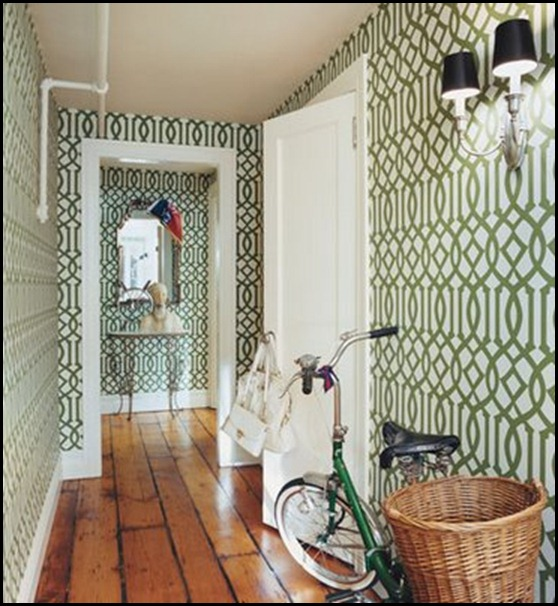 Chloe Sevigny's Home! Green imperial trellis wallpaper