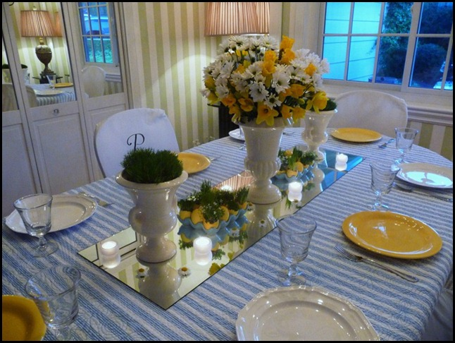 Easter table 2010 001 (800x600)