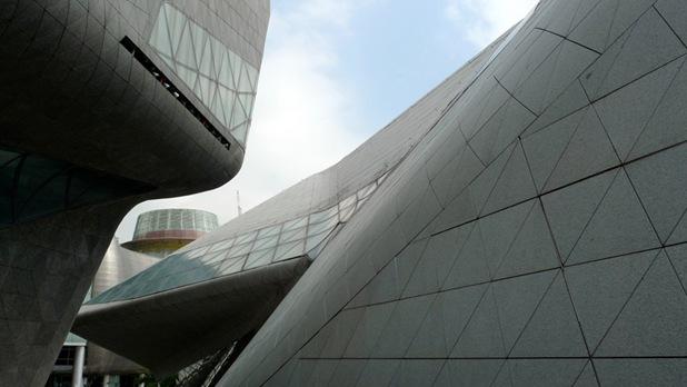guangzhou opera house_zaha hadid 08