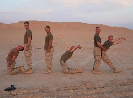 http://lh5.ggpht.com/_bKN77pn74dA/S1SIaXbDnaI/AAAAAAAADF4/7rqgIhCw1e8/guerra.jpg
