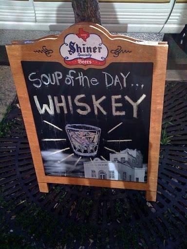 http://lh5.ggpht.com/_bKN77pn74dA/SnTrtxTt1iI/AAAAAAAACNQ/5_Vxl-Hwwlo/whiskey.jpg