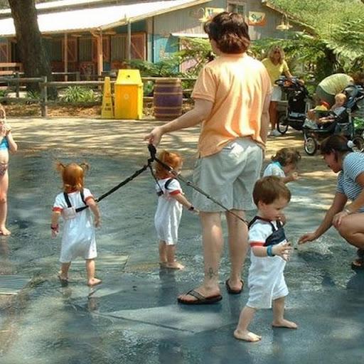 http://lh5.ggpht.com/_bKN77pn74dA/SqB4ave-sGI/AAAAAAAACf8/1HsauSA36_8/s512/bad_parenting_43.jpg