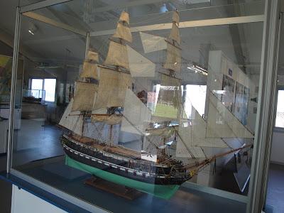 Maqueta de uno de los barcos