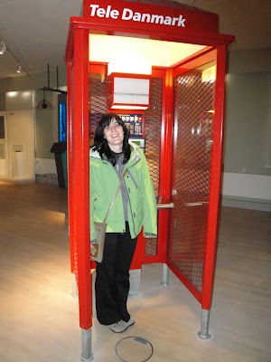 En una cabina telefónica