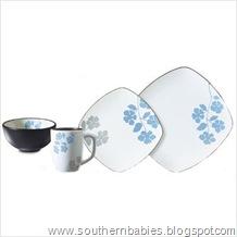Hearthstone 16-Piece Dinnerware Set in Floral Serenity
