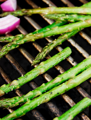 Gourmet Barbecue: Asparagus