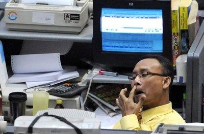 Suasana Bursa Efek Di Saat Resesi Dunia Small Note