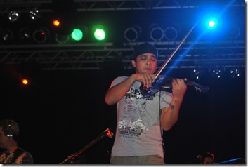 Seu Jorge 23-04-2011 021