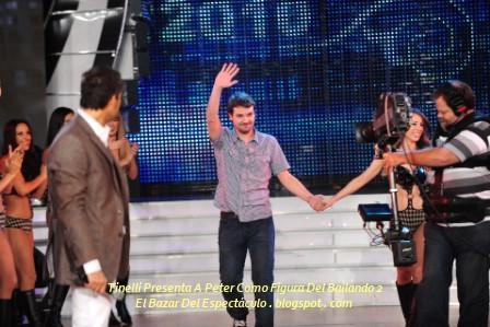 Tinelli Presenta A Peter Como Figura Del Bailando 2.jpg