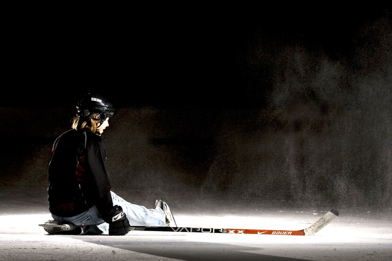 Janice Hockey 016 8X12