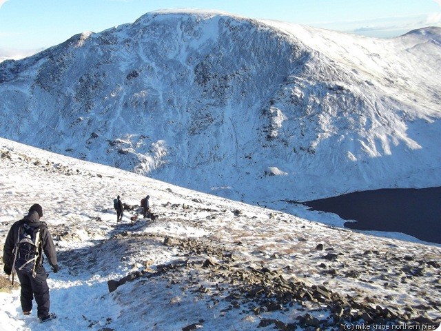 descending to grisedale tarn